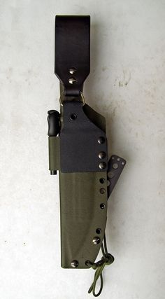 After doing some Kydex for my own Fälknivens, I decided to dress up some other knives in Plastic. The Shiv came with an extremely shitty sh. Kydex Sheath, Knife Sheath, Reloading Bench, Deer Hunting Blinds, Kayaking Gear, Kydex Holster, Traditional Archery, Leather Sheets, Camping Accessories