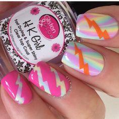 ⚡️Lightning nails by @dripdropnails!!! Jessica is using our Medium Lightning Nail Vinyls found at: snailvinyls.com