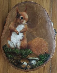 squirrel,Squirrel Painting How To Produce Wood Art ? Wood art is generally the work of surrounding about and inside, provided that the top of something is flat. Pallet Painting, Tole Painting, Painting On Wood, Painted Rock Animals, Painted Rocks, Painted Driftwood, Painted Wood, Rock Crafts, Acrylic Art