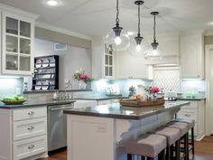 + 25 The Benefits Of Farmhouse Kitchen Design Joanna Gaines Fixer Upper 10 Updated Kitchen, New Kitchen, Kitchen Ideas, Kitchen Photos, Kitchen Designs, Kitchen Updates, Kitchen Colors, Kitchen Paint, Kitchen Tray