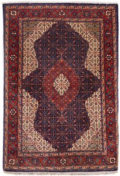 Fine Persian Sarouk rug