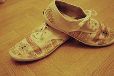 http://www.fringeandfrange.com/2012/04/diy-chaussures-imprimees-comme-kenzo-ou.html