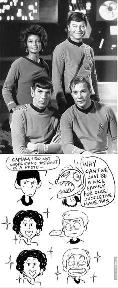 Star Trek Data, Star Trek Tos, Star Wars, Watch Star Trek, Star Trek Original Series, Funny Memes, Hilarious, Starship Enterprise, The Final Frontier