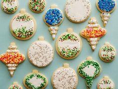 Get Classic Sugar Cookies Recipe from Food Network. My new favorite sugar cookie recipe! Best Christmas Cookie Recipe, Holiday Cookies, Noel Christmas, Christmas Treats, Christmas Ornament, Holiday Baking, Christmas Baking, Decoration Patisserie, Galletas Cookies
