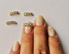 2-pcs-of-gold-metal-band-nail-charms-wedding-nails
