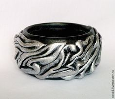 Small Leather Goods, Leather Fringe, Polymer Clay Jewelry, Leather Jewelry, Handmade Bracelets, Rings For Men, Silver Rings, Crafts, Leather Bracelets