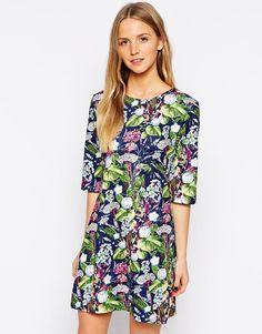 Yumi Floral Shift Dress in Scuba
