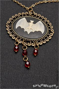 Bat Amulet  necklace locket glass beads filigree by SpinnWeben, €24.00