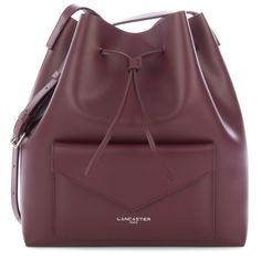 Large Burgundy bucket bag with a pocket, Pur Smooth, Lancaster Paris. #bucketbag #bag #pocket #envelope #pur #smooth #leather #FW #lancaster #lancasterparis #sac