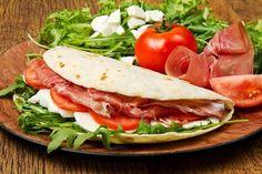 Piadina Romagnola au thermomix. Je vous proposes une recette de la cuisine italienne, Piadina Romagnola. Une recette facile et simple a réaliser.