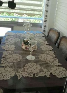 This Pin was discovered by Emi Velvet Curtains Bedroom, Purple Curtains, Home Curtains, Crochet Doily Patterns, Crochet Doilies, Crochet Lace, Crochet Table Runner, Crochet Tablecloth, Filet Crochet