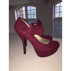 Burgundy/Maroon Heels Size 8. Never been worn before, too small on me (I'm a size 8.5). In perfect condition, super cute shoes! I can ship ASAP. Shoes Heels