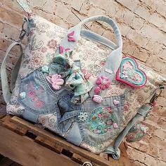 Bildergebnis für stoffgedöns von silke Balenciaga City Bag, Shoulder Bag, Bags, Handbags, Shoulder Bags, Bag, Totes, Hand Bags