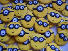 Minions!!! There needs to be more variety of facial expressions here but cute.