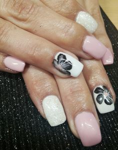#lanneas nails