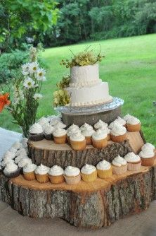 eden loves the set up not the cake Rustic wedding cupcake stand - PHOTO SOURCE Rustic Cupcake Stands, Rustic Cupcakes, Cupcake Stand Wedding, Wedding Cakes With Cupcakes, Rustic Cake, Cupcake Cakes, Cupcake Ideas, Cake Wedding, Cupcake Stands For Weddings