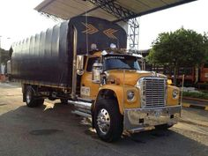 Cool Trucks, Big Trucks, International Harvester Truck, Trailers, Dodge Trucks, Down South, Star Pictures, Classic Trucks, Semi Trucks