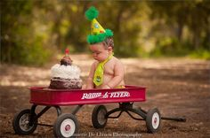 Jannette De Llanos Photographer in the Florida Keys, Children Photography, Family Photography, Cake Smash, Kids Parties, Sprinkles, Birthday Party, First Birthday Party Ideas, Baby Turns One, First Birthday