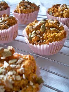 Brooke Bakes : Healthy Pumpkin Oatmeal Muffins