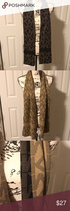 Michael Kors Scarf Brand new with tags, one side chocolate brown other side tan Michael Kors Other