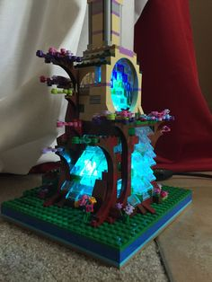 LEGO Elves Tree House Lamp with 16 Color by RhodeIslandOctopus