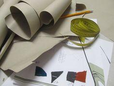 Stoffe auswählen, Schnittkonstruktionen machen, und und und ...