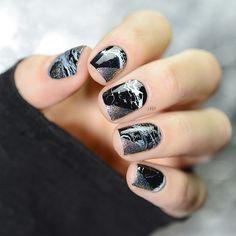 Black Marble Nails