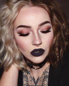 dark makeup – Hair and beauty tips, tricks and tutorials Dark Makeup, Skin Makeup, Beauty Makeup, Hair Beauty, Eyebrow Makeup, Makeup Goals, Makeup Inspo, Makeup Inspiration, Makeup Ideas