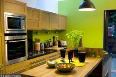 Cuisine en longueur Double Vitrage, House Extensions, Kitchen Cabinets, Architecture, Home Decor, Loft, Slider Window, Kitchen Modern, Kitchen Extensions