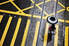 Christophe Jacrot. Hong Kong In The Rain. Le cercle court.