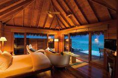 mon bungalow de reve.... simple, tout en continuité sur l'essentiel, le petit bassin... remember chambres à bali avec bassin bord de plage lovina