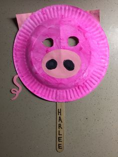 Pig piggy piglet paper plate mask craft preschool pink puppet Popsicle sticks
