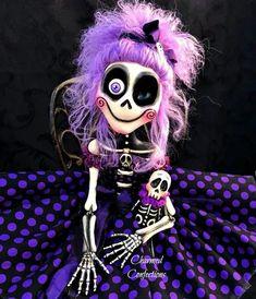 Halloween Clay, Halloween Arts And Crafts, Halloween Skeletons, Diy Halloween Decorations, Halloween Witches, Halloween Ideas, Skeleton Drawings, Skeleton Art, Ooak Dolls