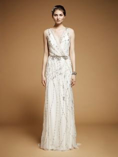 The 1920s-inspired dress featured delicate beading and embroidery.