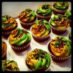 camouflage cupcakes for the Halo party