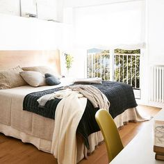 #design #décor #interior #Spain #Barcelona #apartment #sunny #bedroom See more  at  ideasandhomes.com by ideasandhomes