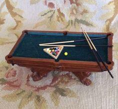 Pool Billiards Snooker Game Table 1:12 Dollhouse Miniature