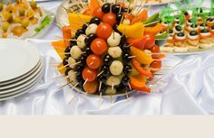 The Top Ten Foods at Graduation Parties | Reception, Perfect wedding ...