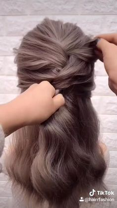 Work Hairstyles, Easy Hairstyles For Long Hair, Braided Hairstyles, Hair Down Hairstyles, Hairstyles For Nurses, Medium Length Wedding Hairstyles, Hairstyles For Women, Short Wavy Haircuts, Easy Updos For Medium Hair