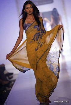 Buddhi Batik at Colombo Fashion Week 2010