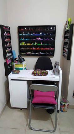 Home Beauty Salon, Home Hair Salons, Beauty Salon Decor, Home Salon, Nail Salon Design, Nail Salon Decor, Salon Interior Design, Nail Desk, Nail Room