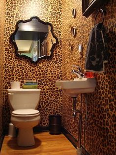 Cheetah Bathroom! I'm in love!