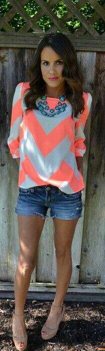Love this outfit!<3  Coral jean shorts. Chiffon. Summer beach