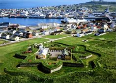 The Norwegian Armed Forces want to cut down on the number of soldiers at the world's northernmost fortress Vardøhus from four to zero. Motorcycle Travel, City Limits, Military History, Norway, Dolores Park, Europe, Island, World, Places