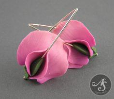 Pink sweet peas handmade polymer clay earrings by Segitanna Done using Polymer Clay Tutor Sweet Pea Earring Tutorial http://www.beadsandbeading.com/blog/sweet-pea-earrings-polymer-clay-tutorials-vol-051/15955/