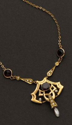 Art Nouveau Pearl & Amethyst Necklace.