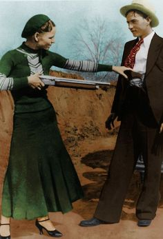'Bonnie & Clyde Colorized' Poster by ☼Laughing Bones☾ Bonnie And Clyde Photos, Bonnie And Clyde Halloween Costume, Bonnie Clyde, Halloween Costumes, Rare Historical Photos, Rare Photos, Vintage Photos, Mafia, Gangster Wedding