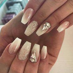 Angesagte Designs in Ballerina nails - Ballerina Nail art collection - Nageldesign Beautiful Nail Designs, Cool Nail Designs, Engagement Nails, Nailart, Nagellack Trends, Dipped Nails, Ballerina Nails, Formal Nails, Birthday Nails