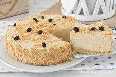 La Torta al caffe senza cottura e' un dolce fresco e semplice da fare in una mescolata e con pochi ingredienti per avere un risultato perfetto