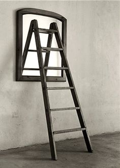 Jose Maria Rodriguez Madoz, aka Chema Madoz, is a Spanish photographer best known for his eye-catching illusions and surrealist photos. More creative photography via Pondly Illusion Photography, Mirror Photography, Conceptual Photography, Creative Photography, Fine Art Photography, Photography Ideas, Iphone Photography, Urban Photography, Illusion Fotografie